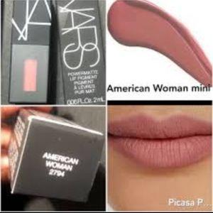 Nars American Woman lipstick